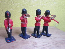 1/32  BRITAINS LONE STAR 1950-60  ROYAL SCOTS GUARD  MADE IN GREAT BRITAIN