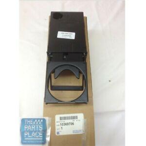2003-06 Chevrolet SSR Instrument Panel Cup Holder - GM 10369706