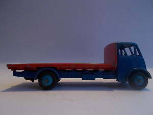 DINKY SUPERTOYS GUY FLAT BED TRUCK