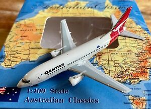 1:400 Aero Classics Qantas Boeing 737-376 VH-TAU 'Enterprise'