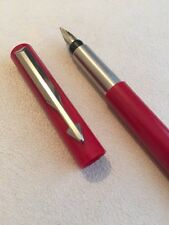 2000 PARKER VECTOR RED CT MEDIUM NIB FOUNTAIN PEN-UK-BLUE INK-EXWO