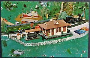 Roadside Attraction: Choo Choo Barn, Animated Miniature Railroad, Strasburg, PA.
