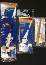 Lot of 3 Great Estes Flying Model Rockets - Photon Probe, Crossbow SST, Wizard