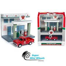 Johnny Lightning Diorama Resin Texaco Station with Diecast 1965 Chevrolet Pickup
