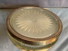 Dessous de plat en cristal à décor rayonnant et monture métal argenté