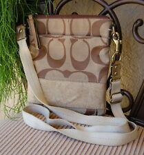Pre-owned Coach Signature Crossbody Bag Khaki Fabric 100% Authentic