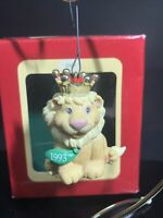 Heirloom Collection King Lion Worlds Best Dad Christmas Ornament Carlton Cards