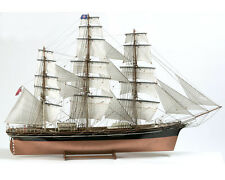 """Elegant, brand new wooden model ship kit by Billing Boats: the """"Cutty Sark"""""""