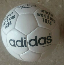 ADIDAS CHILE DURLAST 1974 GERMANY WORLD CUP BALL. MUNDIAL ALEMANIA 1974 BALON