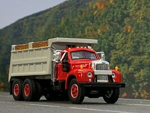 1/64 DCP FIRST GEAR Mack B-61 Dump Truck in Red and Gray
