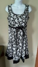 Two Hearts Maternity SMALL black white floral sleeveless dress belt modest