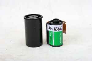 Fujifilm Fujicolor Superia 35mm 1600 ISO 36exp color negative film C-41