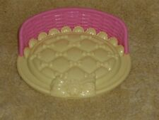 Fisher Price Loving Family Dollhouse Pink & Yellow Pet Dog Cat Bed