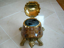 Maitland Smith Tiger Penshell Turtle Motif Phone or IPod Charger Station Dock