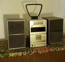 Sharp mini disc and CD player hifi sytem MD-M5 with speakers