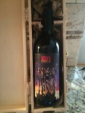 Kiss band music  / Destroyer Bottle of wine with wooden case,