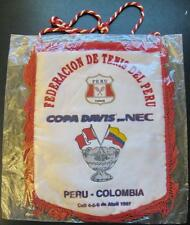 TENNIS FEDERATION OF PERU COLOMBIA DEVIS CUP 97 OFFICIAL PENNANT 27X21CM SEALED