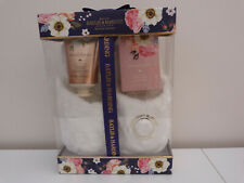 BAYLIS & HARDING SECRET GARDEN GIFT SET WITH WHIT SUPERSOFT SLIPPERS