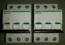 LOT 2 Disjoncteurs SCHNEIDER ELECTRIC IC60N 32A courbe C, 3 pôles NEUF
