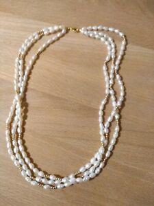 Kette gold 585 mit Perlen 3 Reihig Topzustand und Neuwertig