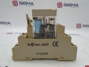 Omron G2R-2-S(S) Relay 24V DC 8-Pin W/ Omron P2RF-08-E
