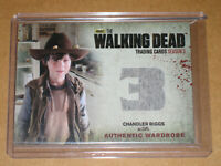 ✨☠ 2014 WALKING DEAD CARL WORN COSTUME WARDROBE RELIC PATCH M10 CARD VARIANT 1 3