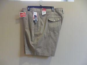 Women's Lee Comfort Fit Bermuda Stretch Size:24W(Medium) Khaki New with tag