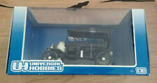 Universal Hobbies, Ford Modell T Touring, 1:18, schwarz