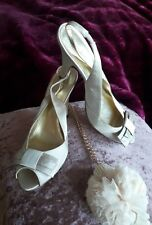 Designer roberto vianni cream evening satin sling back bow open toe shoes 38 5