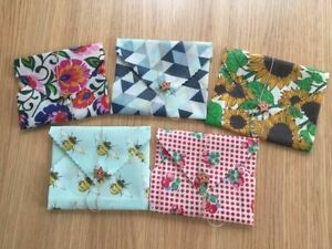 Reusable Beeswax Food Wrap/Small Sandwich Wrap-25x25cm with Button & String