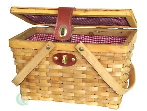 Picnic Basket with Red White Plaid Lining