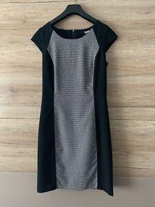 975035 in Schwarz 32//34 Neu Shirtkleid mit Knotenschleppe