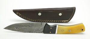 "Damascus Steel Knife #10 W/4,25"" Blade w/Plastic Handle. Leather Sheath. New."