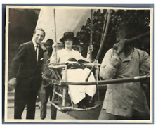 China, Lady transported with a chair  Vintage silver print Tirage argentique