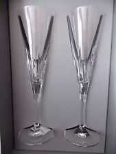 NEW VERA WANG DUCHESSE SET OF 2 CHAMPAGNE TOASTING FLUTES GLASS