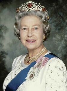Queen Elizabeth POSTER PRINT ART - VARIOUS SIZES & FRAMED OPTION c