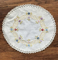 "Vintage Doily Hand Embroidered Crocheted 8.5"" Diameter Linen Flower Ladder Chain"