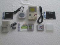 Nintendo Game Boy Original DMG-01 Vintage 1989 Games 4 Player Adapter Light NWC