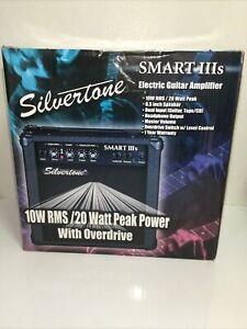 Silvertone Smart IIIs Portable Guitar Amplifier 10 W RMS/20 Watt Peak Amp.