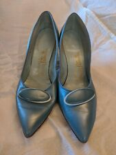 Vintage womens shoes Us 8.5 B Paradise Kitten-ettes