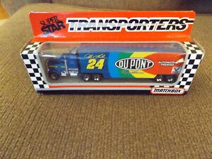 Jeff Gordon #24 Dupont 1993 Matchbox Super Star Team Transporters