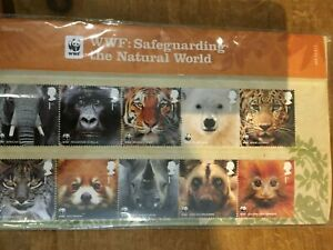 GB WWF SAFEGUARDING THE NATURAL WORLD PRESENTATION PACK NO 454