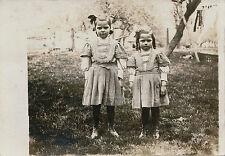 TWO CHARMING GIRLS, SISTERS ca 1907 PHOTO POSTCARD, SCHNECKSVILLE/ALLENTOWN, PA