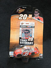 VINTAGE #20 TONY STEWART WINNERS CIRCLE NASCAR 1:64 HOME DEPOT LANYARD CARD *NEW