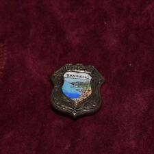 Spilletta Spilla metallo e smalti San Remo Metal Enamel Pin V3 ^