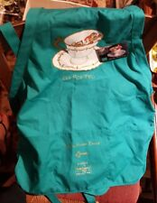 """RARE WDCC """"Tea for Two"""" Disney Dealer collectable apron Open house event w/ Pin!"""