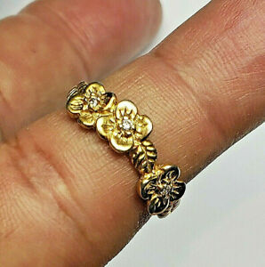 14 KT SOLID YELLOW GOLD FLOWER RING WITH LEAVES & DIAMONDS SIZE 5
