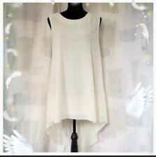 Avant-garde Sleeveless Ivory dress