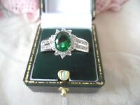 Art Deco Vintage Jewelry Gold Ring Emerald Green White Stones Antique Jewellery