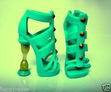 BARBIE MONSTER HIGH CLOTHES/SHOES *NEW LARGER FOOT SHOES #710